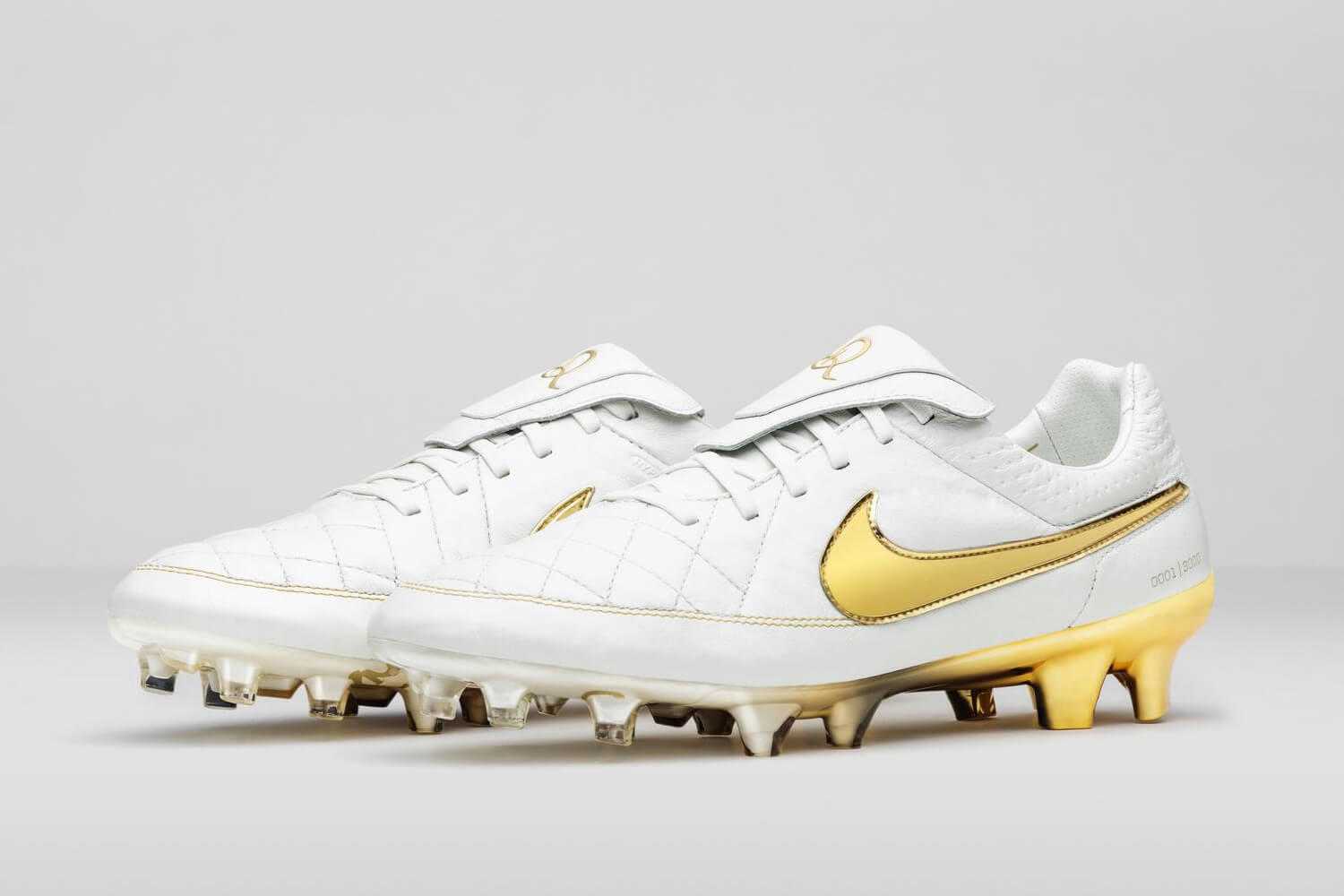 Nike's Touch of Gold Football Boot