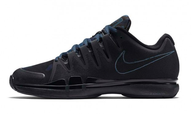 Blue Nike Zoom Vapor 9.5 Tennis Shoes