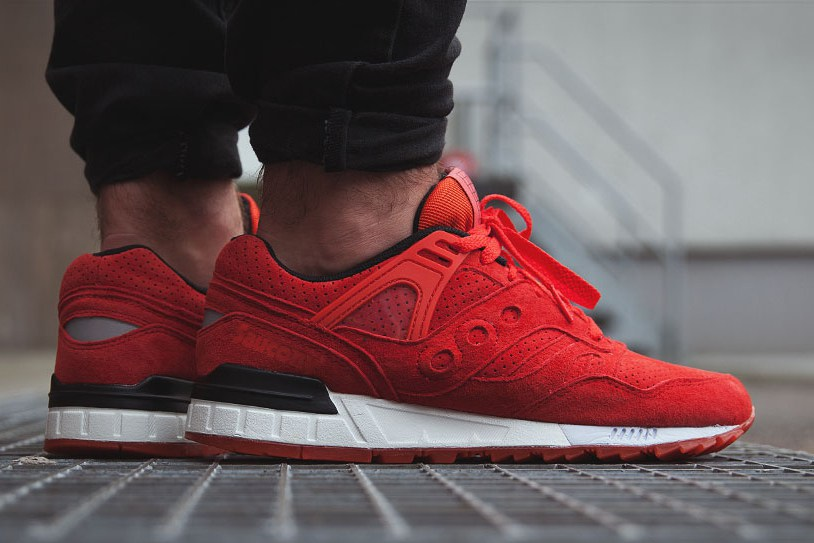 Solar Red Grid SD Sneakers By Saucony