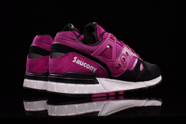Fuchsia-Black combos Grid SD Sneakers by Saucony