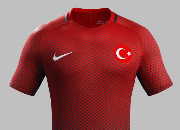 Turkey 2016 National Home Kit by Nike