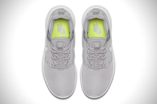 Grey Nike Roshe Flyknit 2.0