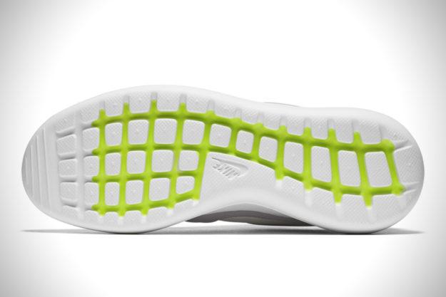 Grey Nike Roshe Flyknit 2.0, Sole