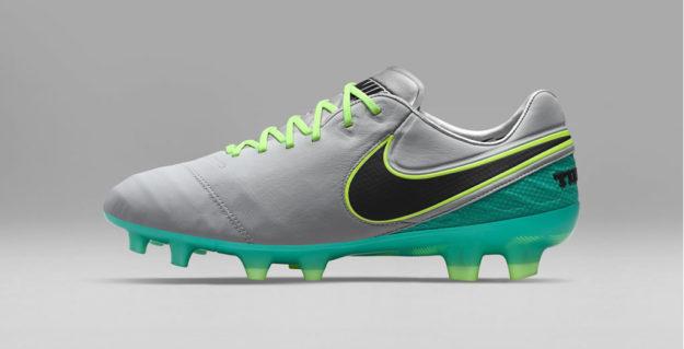 Nike Football Elite Pack, Tiempo