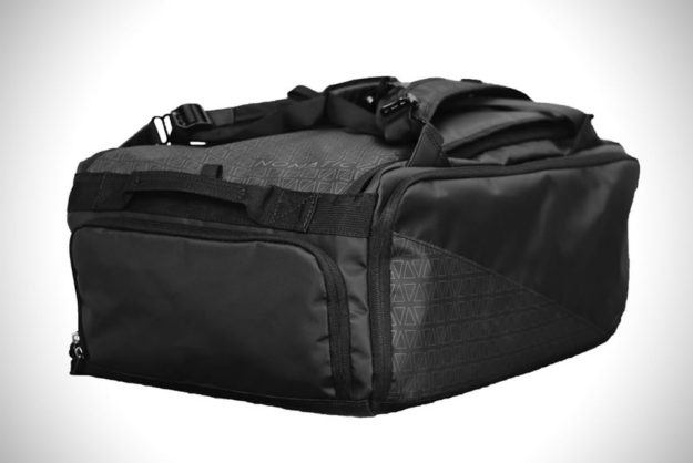 Stylish Travel Bag By NOMATIC