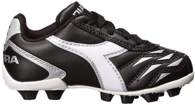 Black Diadora kids soccer shoe