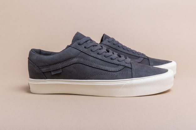 Lightweight Old Skool by Vans