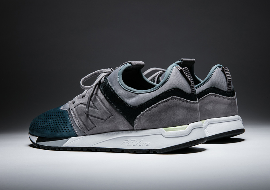 Awesome 247 sneaker by New Balance, Heel Tab