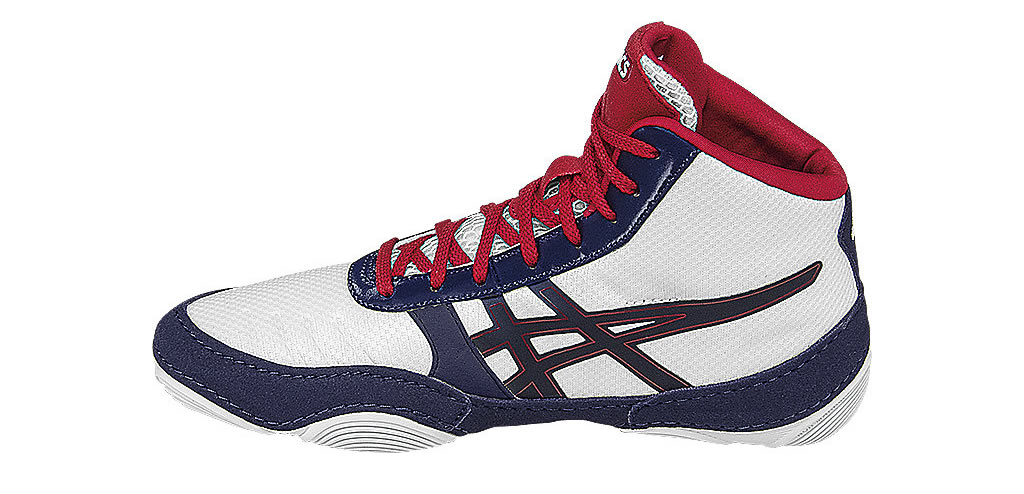 fe5860469a9 Check Out These Perfect Wrestling Shoes For Kids!