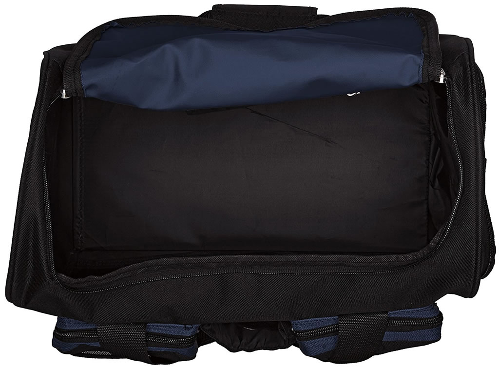 Navy Gym Bag with Wet Pocket by Everest