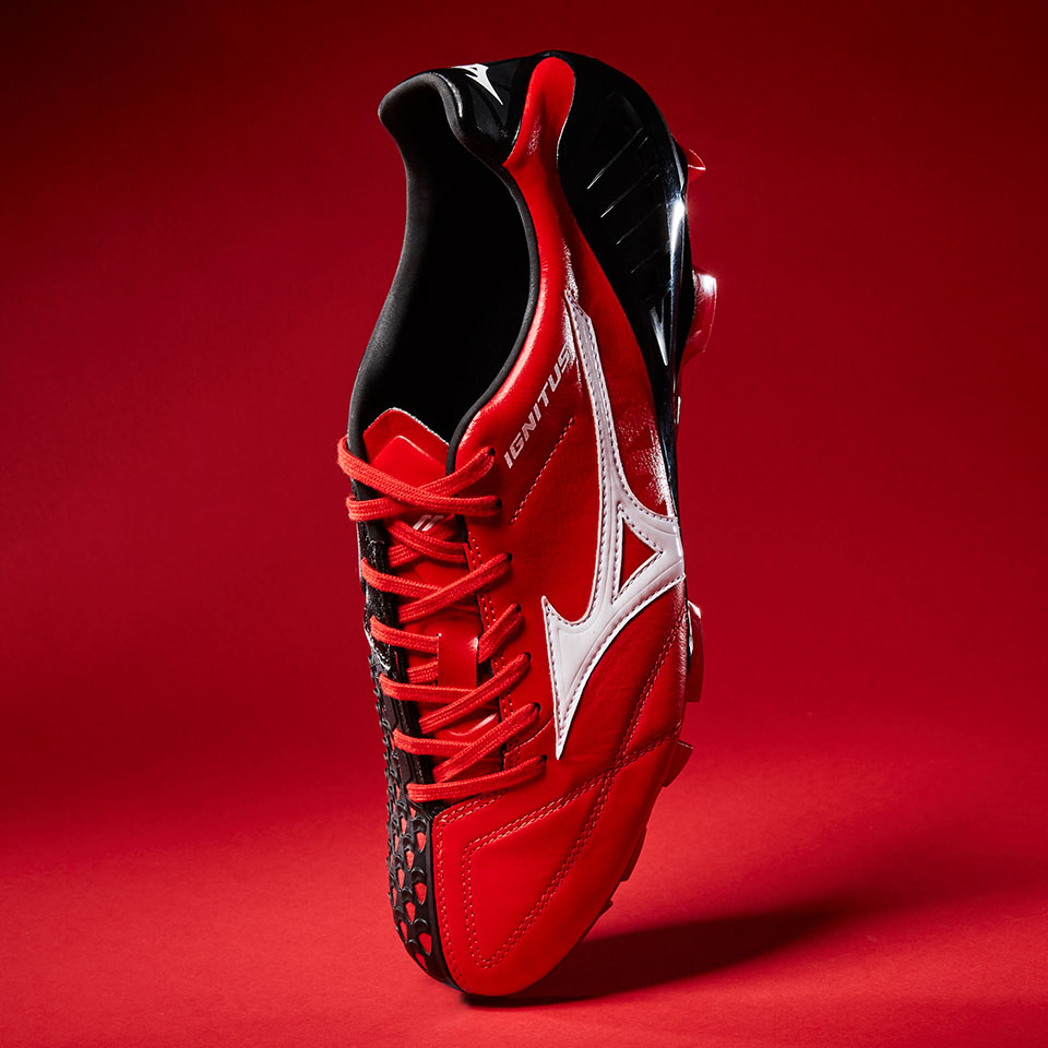 New Mizuno Wave Ignitus 4 soccer shoes