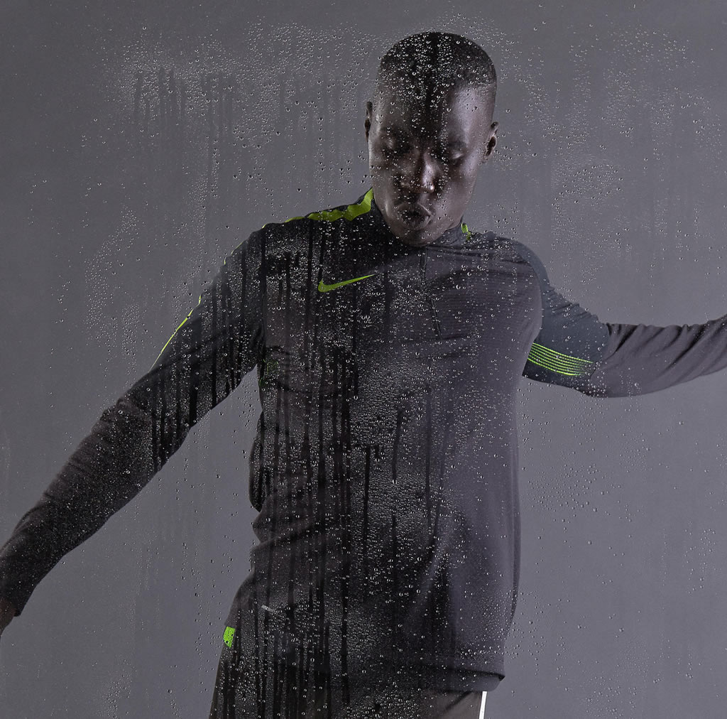 New Nike Shield Strike Drill Top
