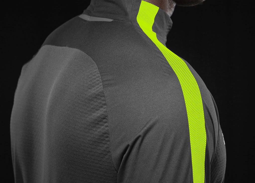 Nike Shield Drill Top, Back