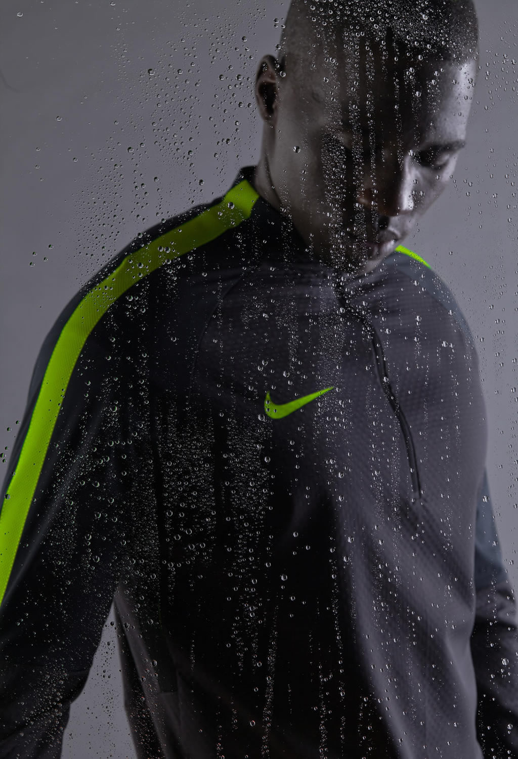 Nike Shield Strike Drill Top