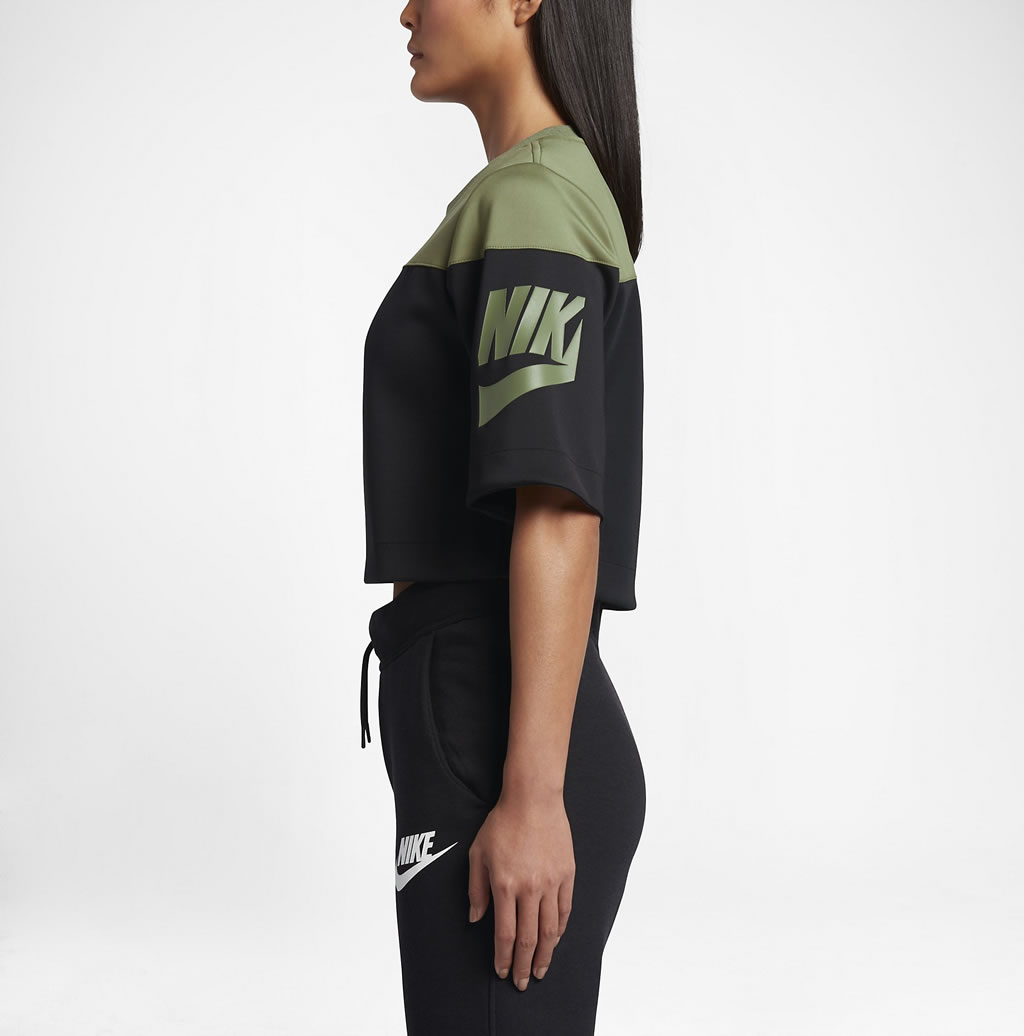 Nike track and field crop top for women