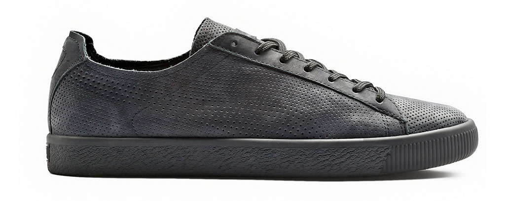PUMA X STAMPD Clyde shoe , Side