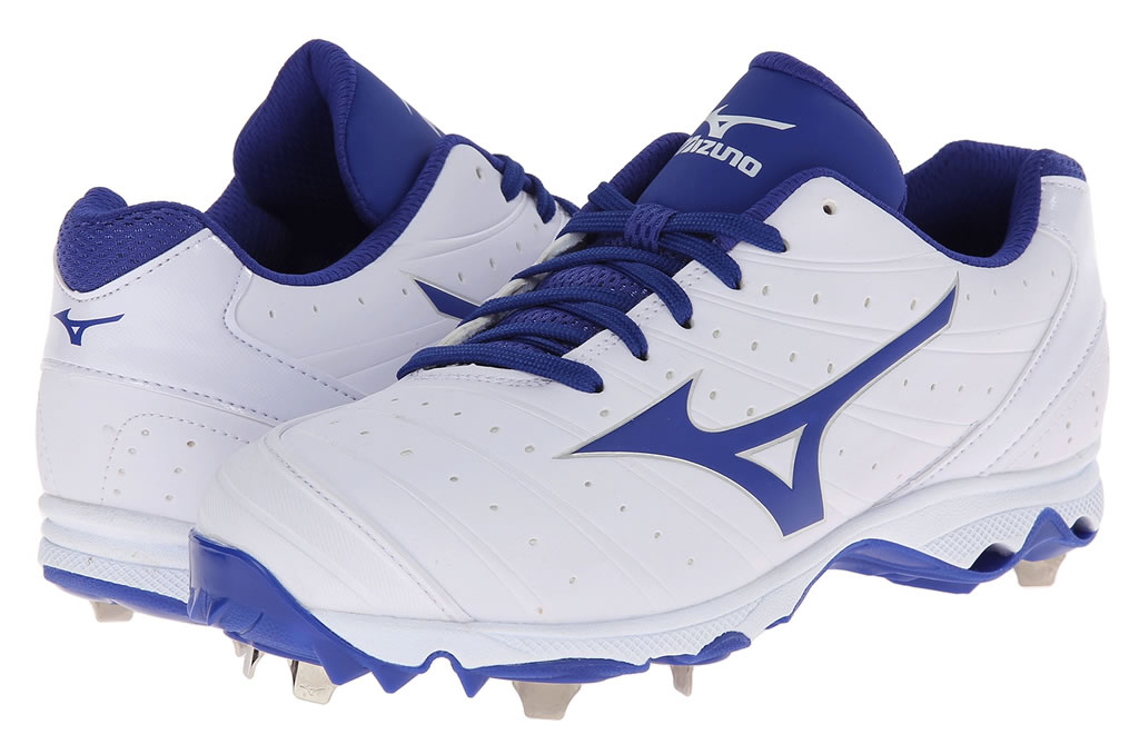 Royal Women's 9-Spike Advanced Sweep 2 Cleat By Mizuno