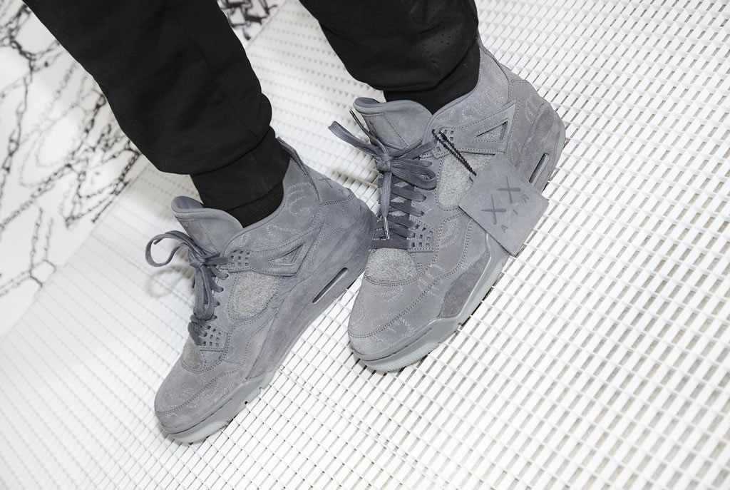 Air Jordan IV x KAWS Shoes