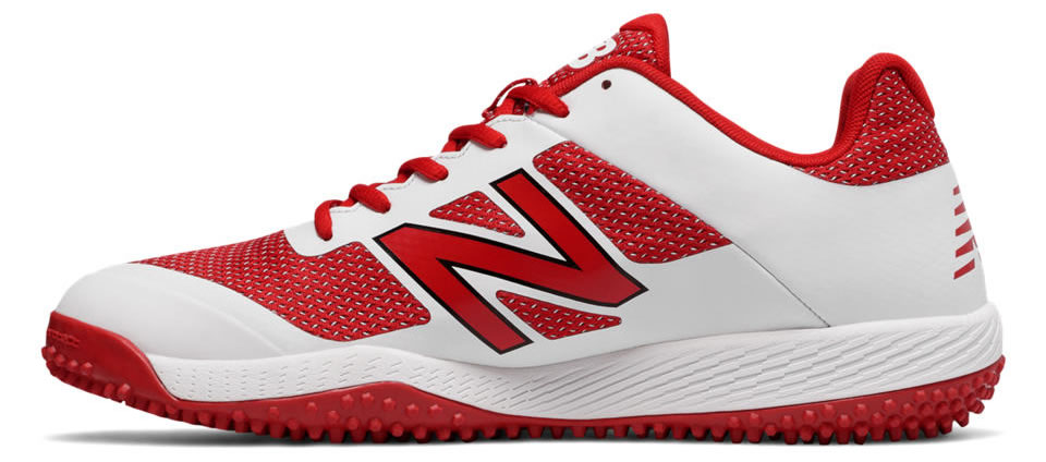 White Turf 4040v4 baseball shoes by New Balance