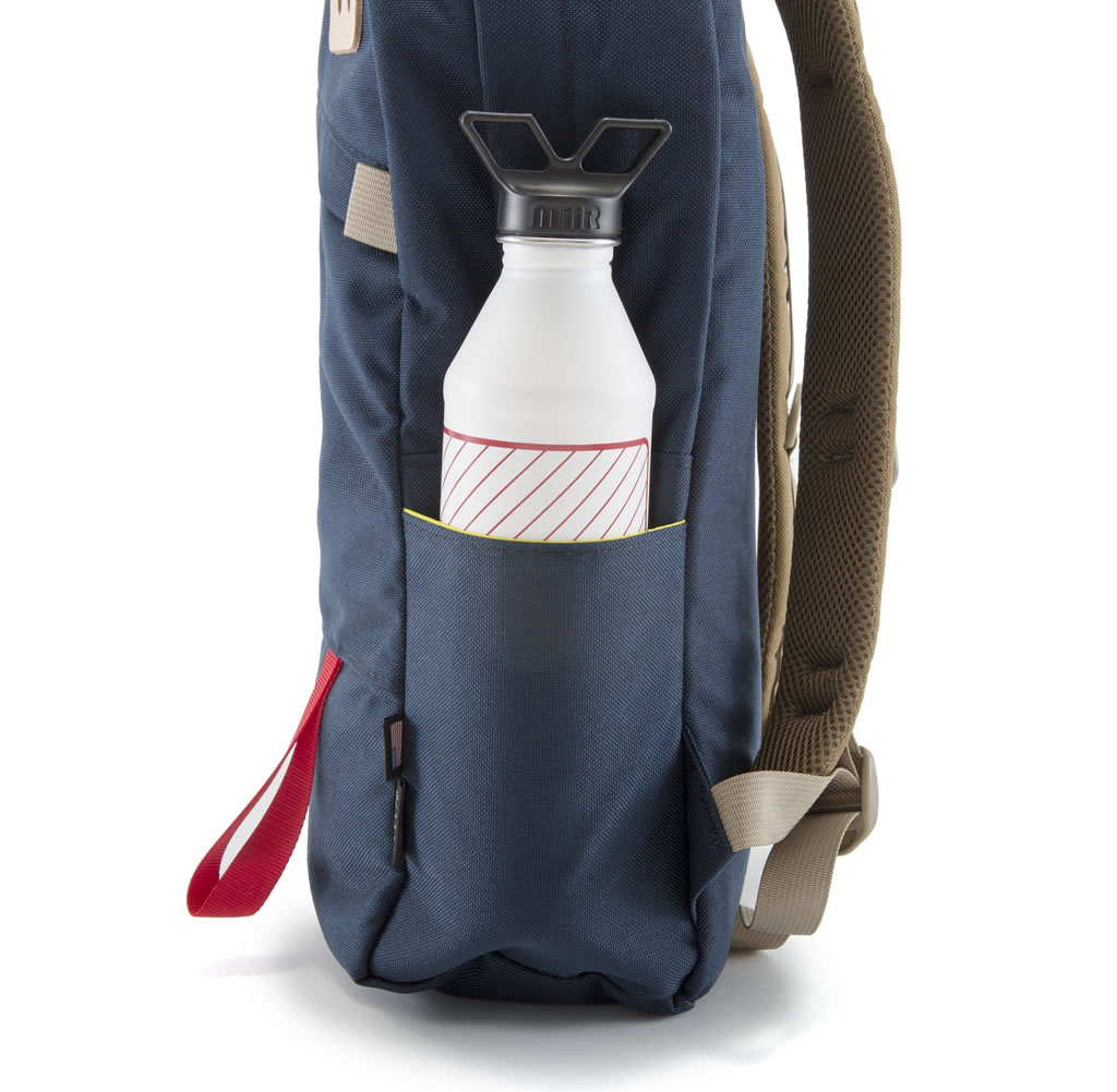 Topo Designs Daypack, Side
